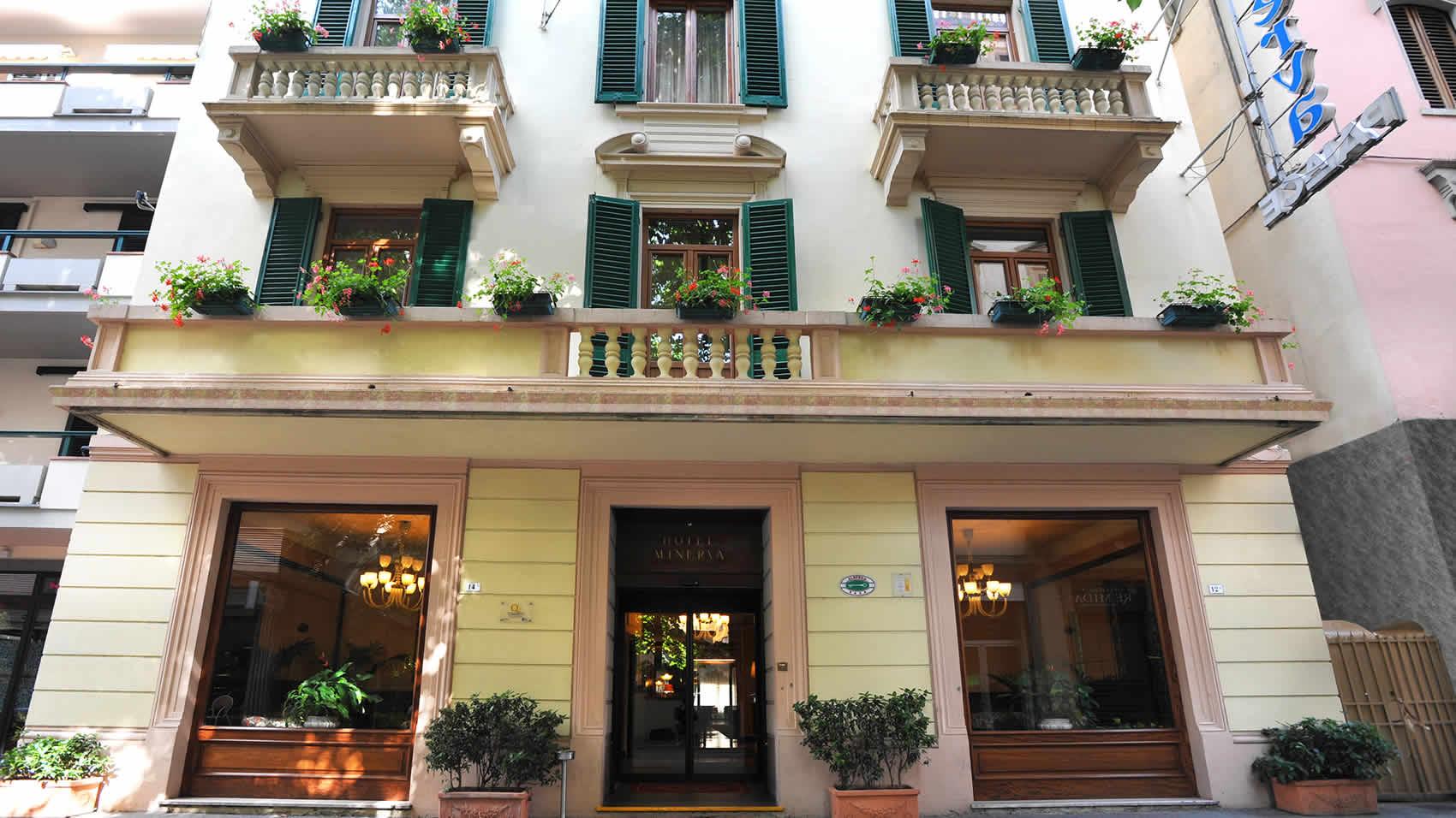 03-hotel-minerva-palace