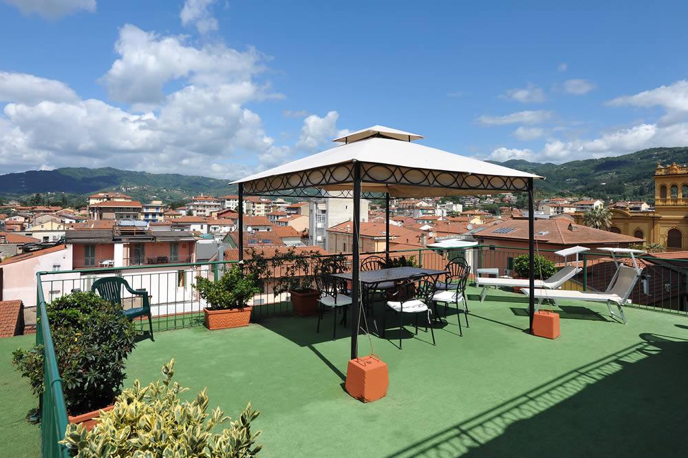 hotel minerva palace: